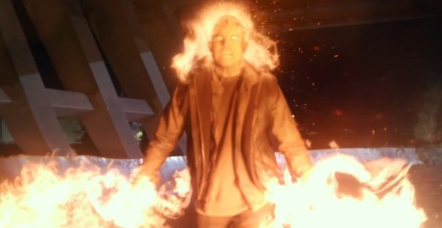firestorm the flash | The Flash Firestorm Debut The Flash Mid Season Finale Review: Yellow ...