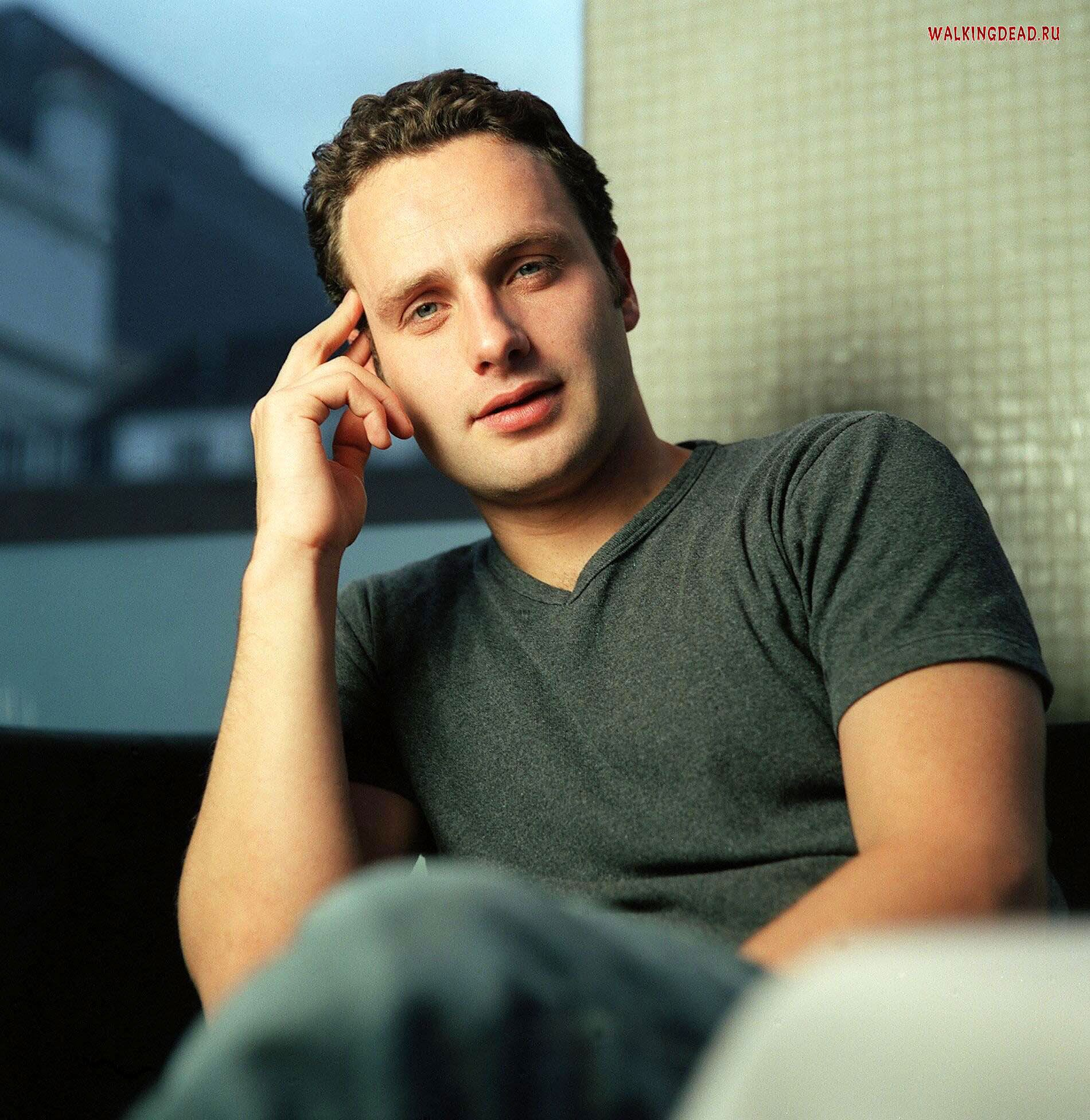 andrew lincoln tumblr gif