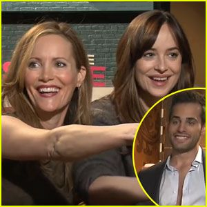 Dakota johnson leslie mann hit on hot reporter video movies dakota johnson leslie mann hit on hot reporter video dakota johnson and leslie mann did a press junket over the weekend for their new film how to be ccuart Image collections