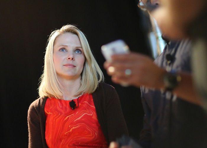 Yahoo : Marissa Mayer décide de renoncer à sa prime annuelle https://t.co/JCuQ4Jm09W https://t.co/m0dToTqSix