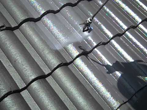 Benefits Of Hiring A Metal Roof Painting Contractor Http Localpainting Blogspot Com 2015 06 Benefits Of Roof Restoration Metal Roof Paint Roof Installation