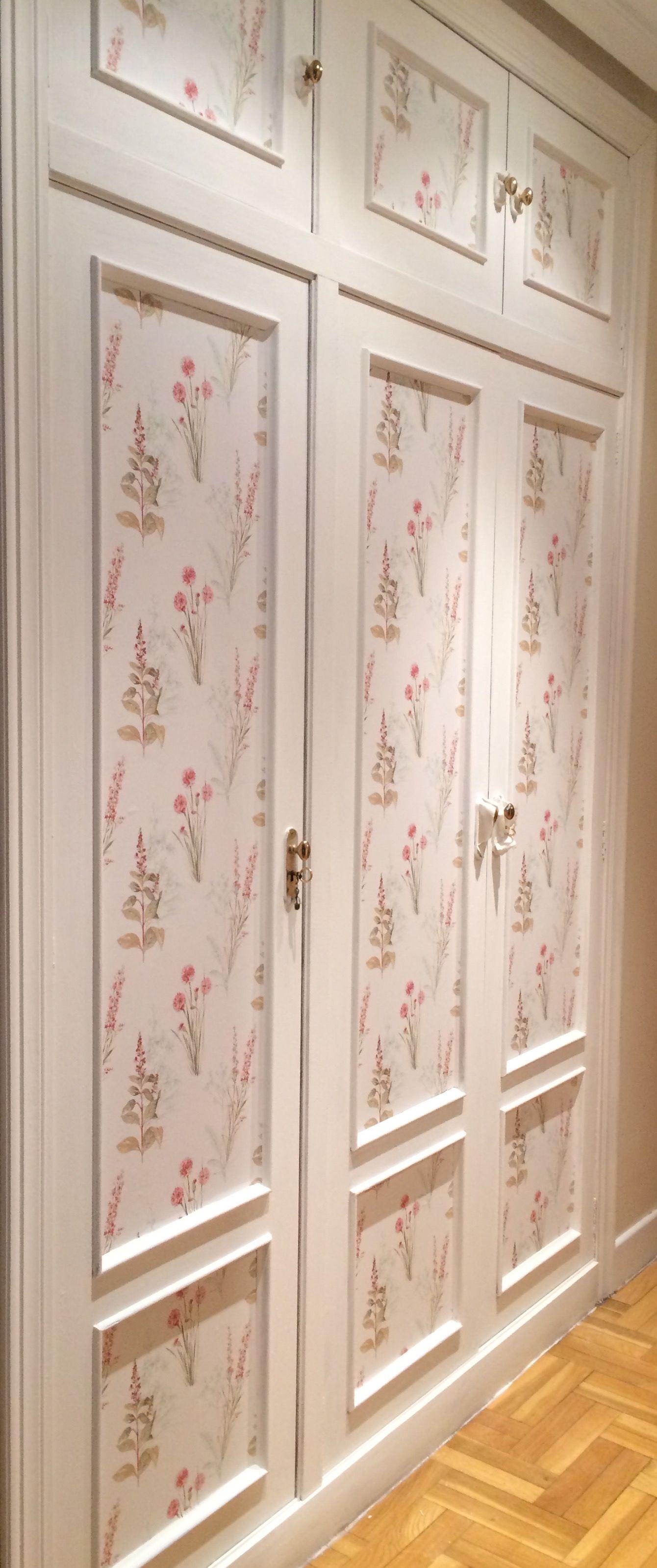 armario pintado con chalk paint y empapelado ideas para On papel para forrar armarios empotrados
