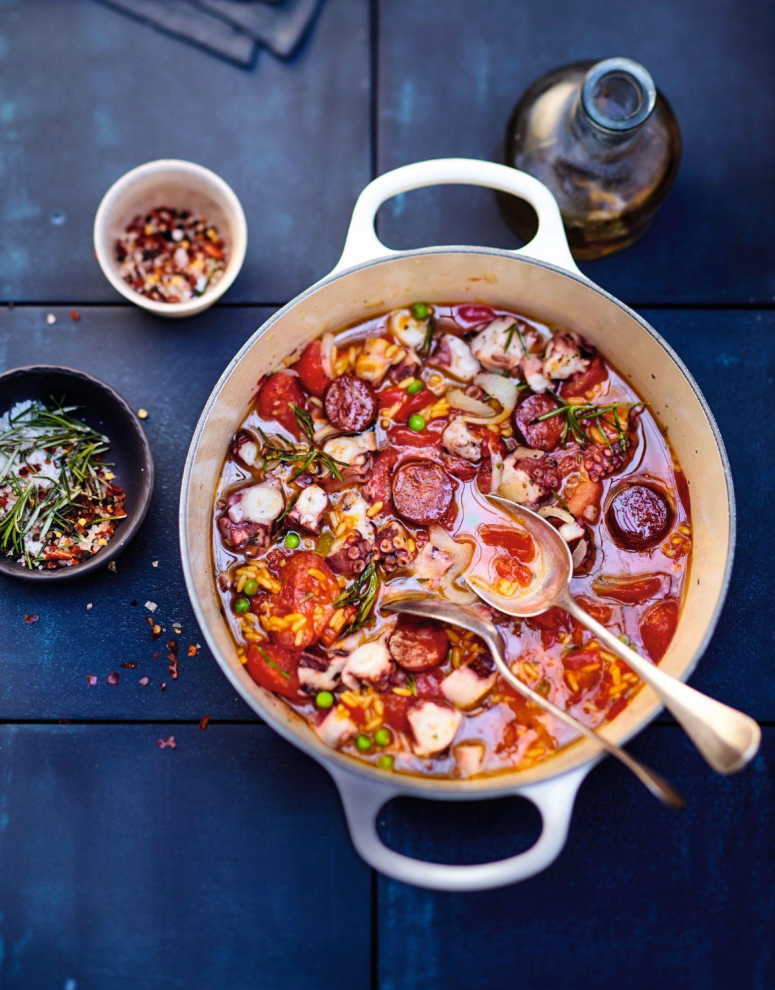 recette cocotte de poulpe aux herbes riz et chorizo recettes les plats repas en famille. Black Bedroom Furniture Sets. Home Design Ideas