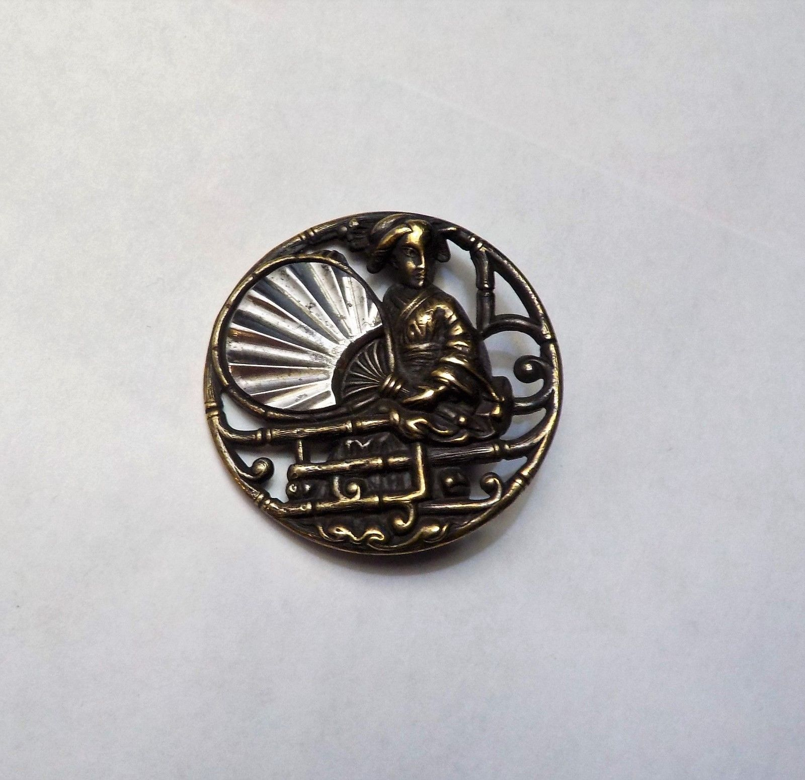 ANTIQUE BRASS & STEEL JAPANESE, ASIAN FAN PICTURE BUTTON VICTORIAN MIRROR FINISH