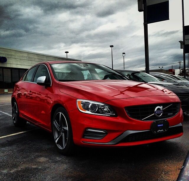 Volvo S60 Awd 2013: S60 T6 AWD R-Design. Passion Red. 2014.