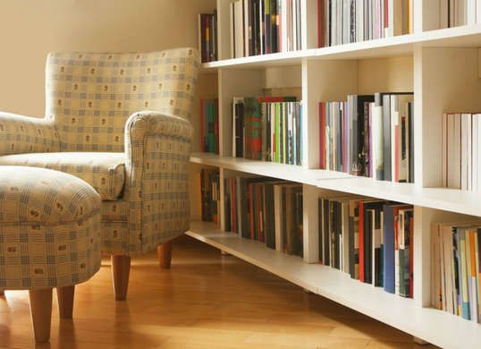 9 Things You Didn T Know Dryer Sheets Can Do Declutter Your Home Home Bookcase