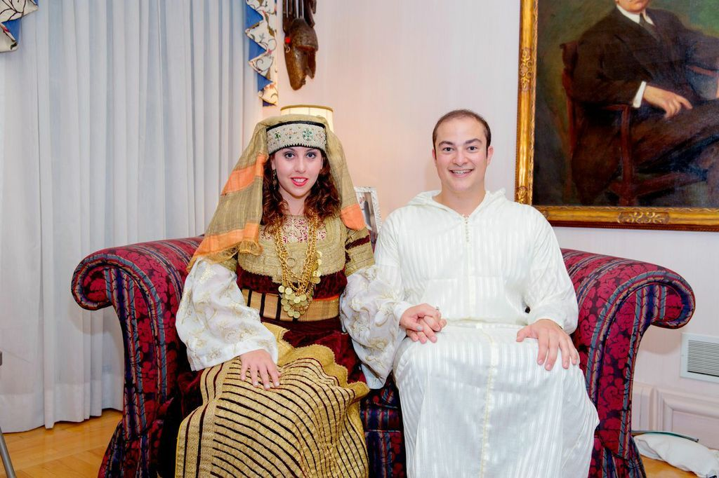 Sephardic Wedding Traditions A Bridal Party Before The Wedding