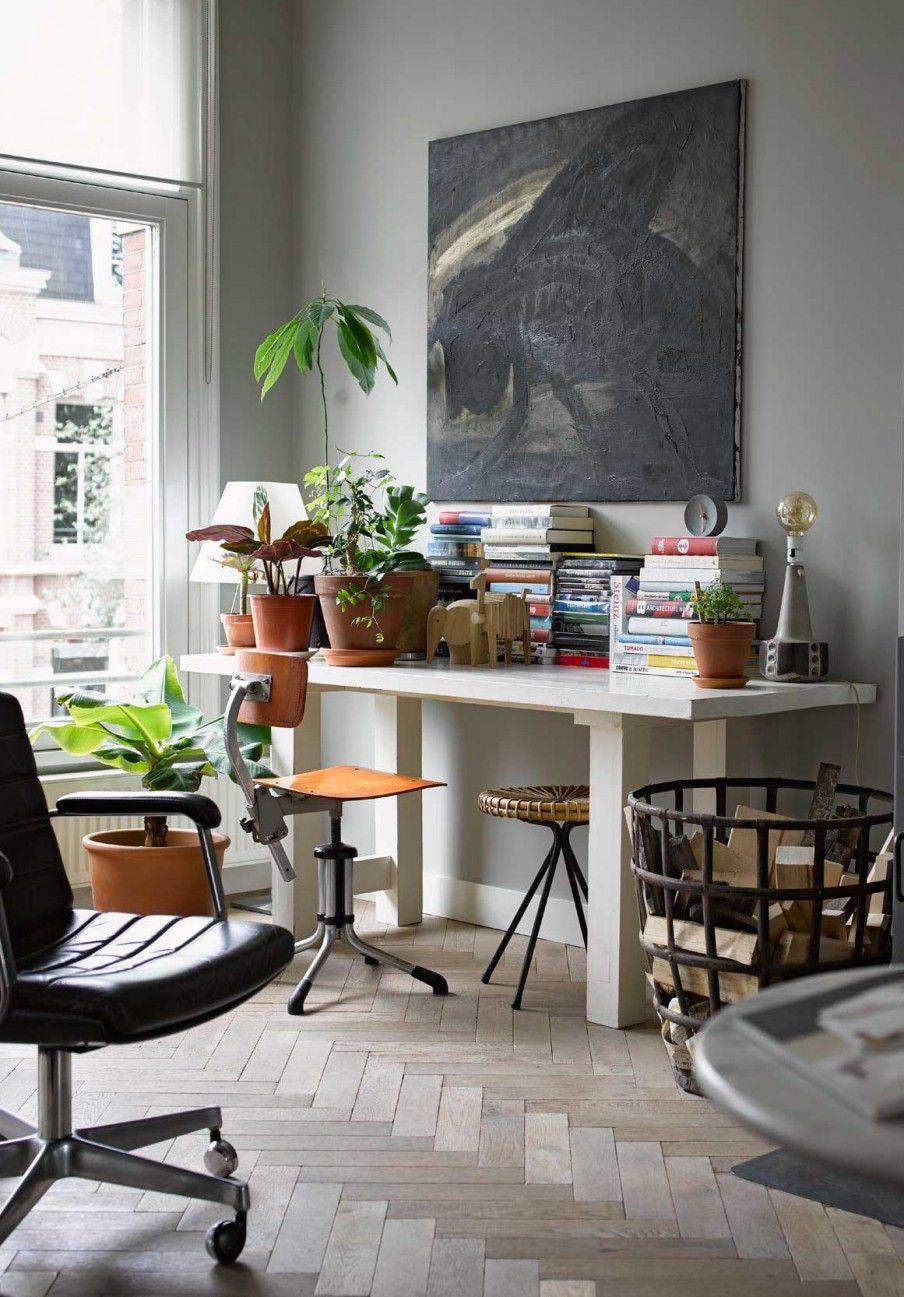 Fietje Bruijn eigen huis licht grijze muur, gezellige potjes en ...