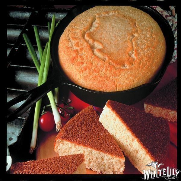 White Lily Southern Cornbread Recipe Southern Cornbread Southern Cornbread Recipe Corn Bread Recipe