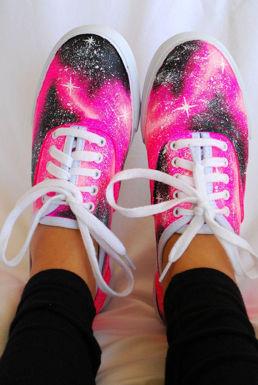 3c6788c6589 Siempre quiero zapatos! Zapatos de galaxia son muy guapos. Y rosados