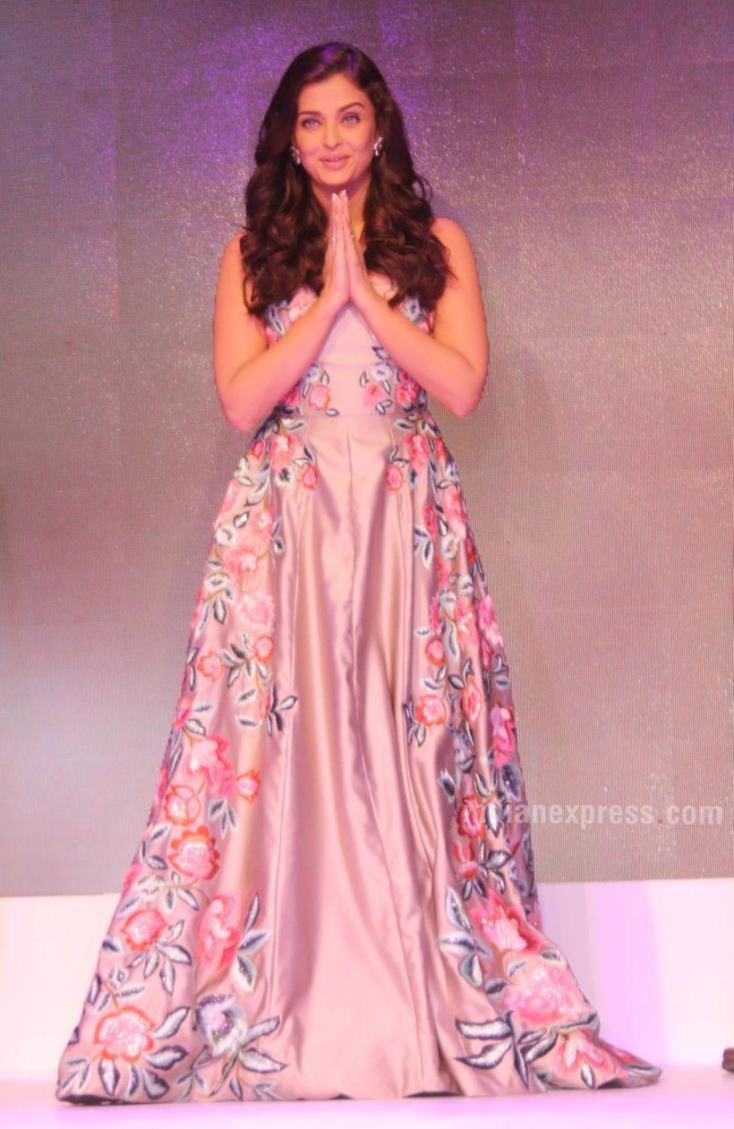 Sunny Leone - Ek Paheli Leela | Hot,Hotter,Hottest | Pinterest