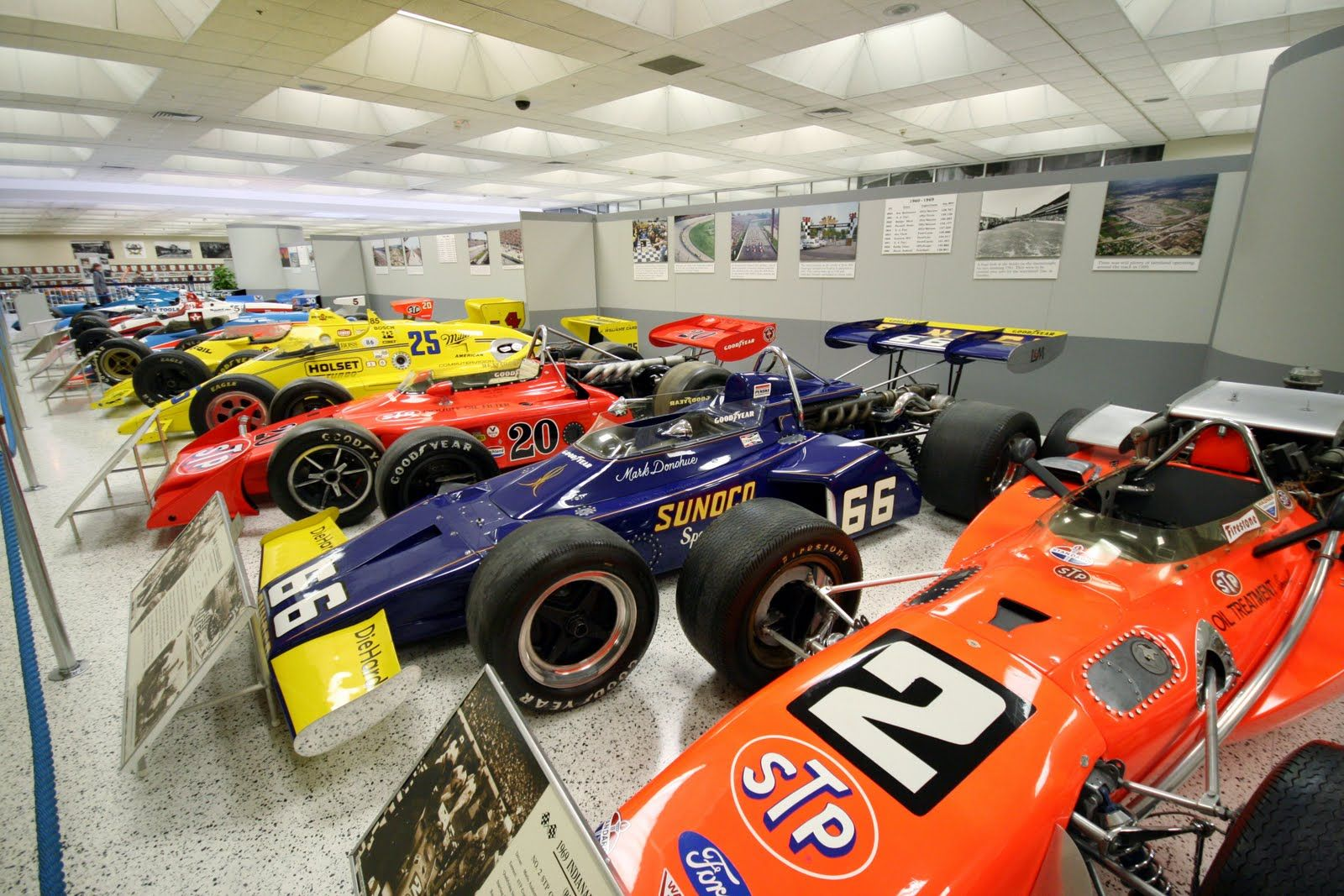 Indianapolis Motor Speedway Museum Auto Race Tracks Don T Miss To See The Race Track Up Close And The Winning Race Car Free Travel Indianapolis Travel Fun