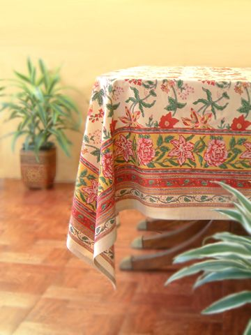 Tropical Garden~ Colorful Red Floral Round Country Table Cloths