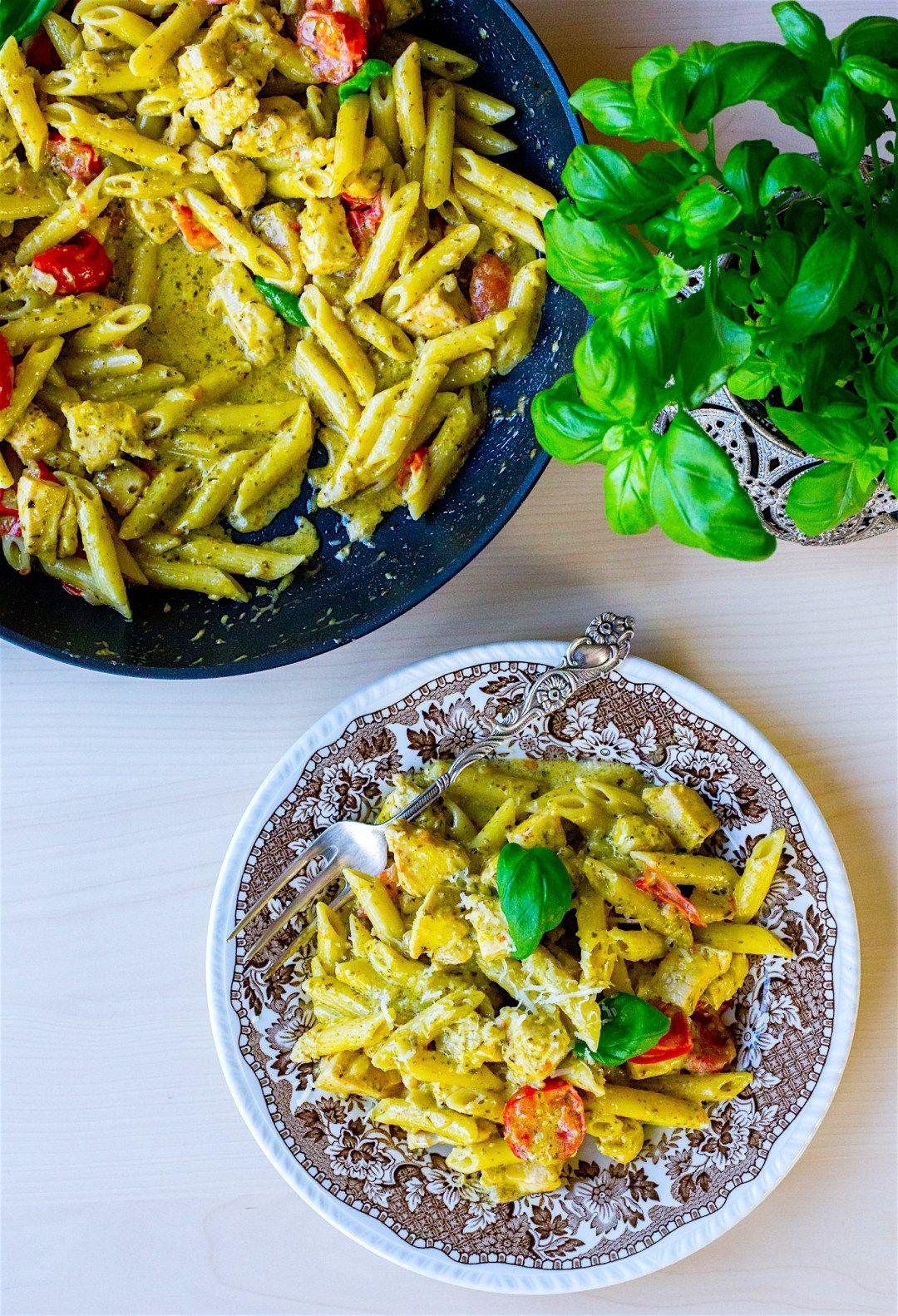 Pasta Pesto Med Kyckling Zeinas Kitchen Kvallsmat Recept