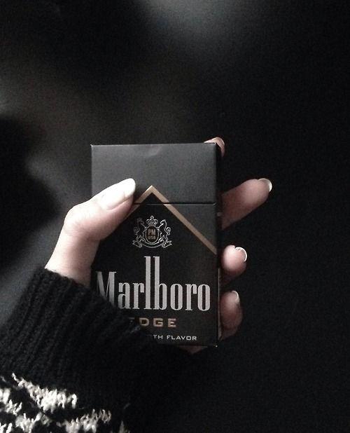 Černá kouření tumblr