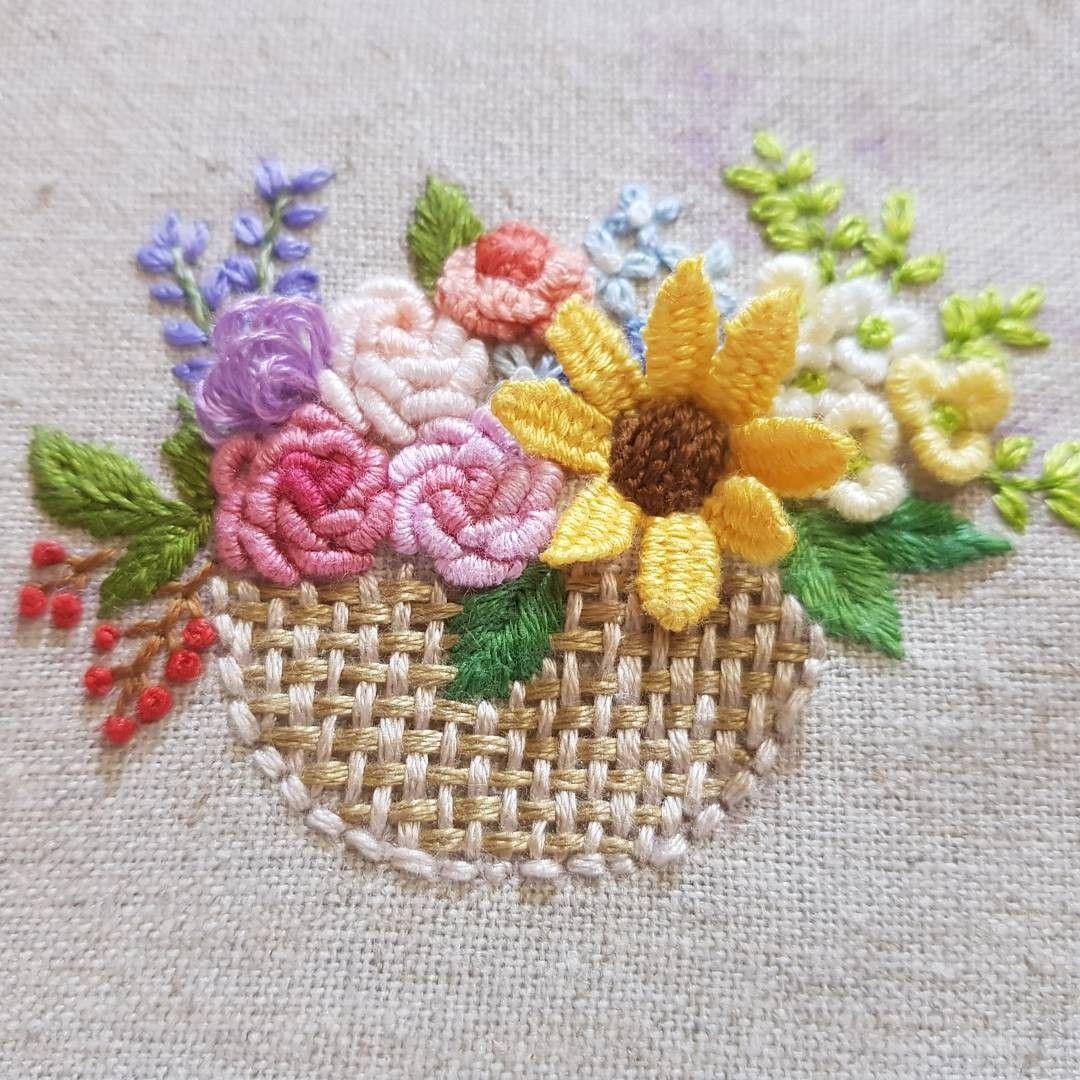 자수꽃바구니 Вышивка корзинки pinterest embroidery brazilian