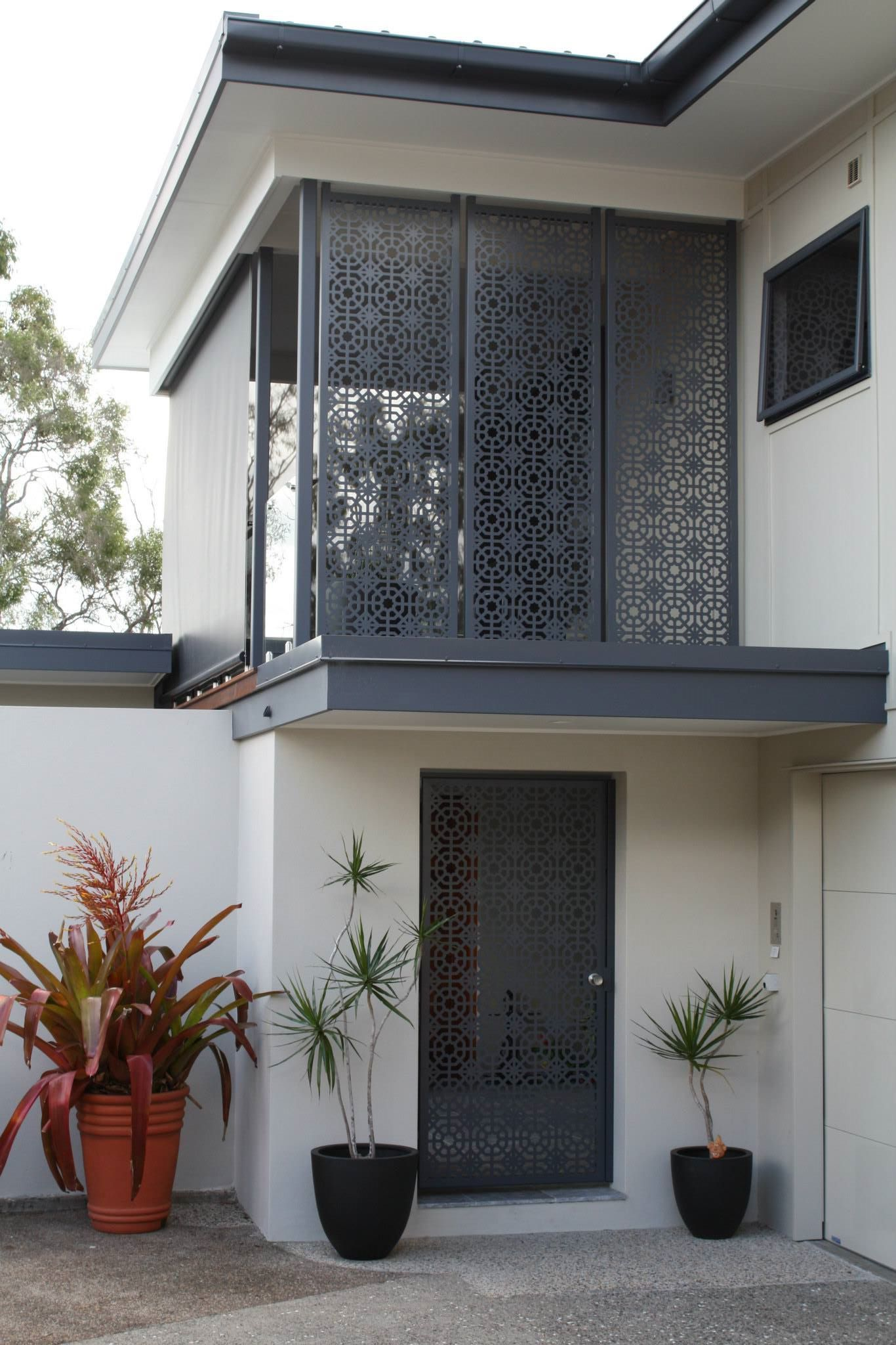 Decorative Driveway Gates for residential and commercial