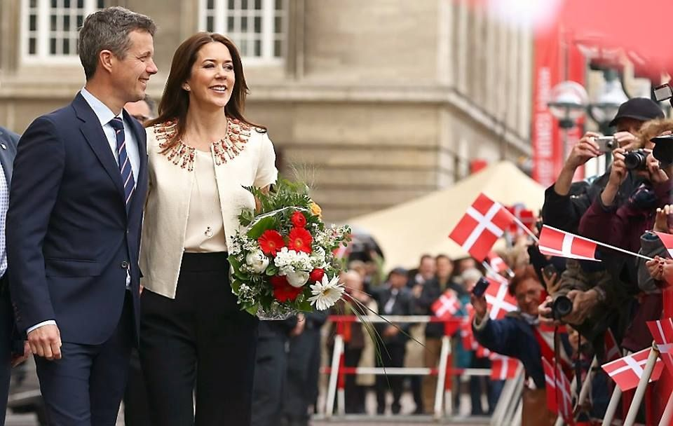 Crown Prince Frederik and Crown Princess Mary of Denmark arrive in Germany 5/19/2015