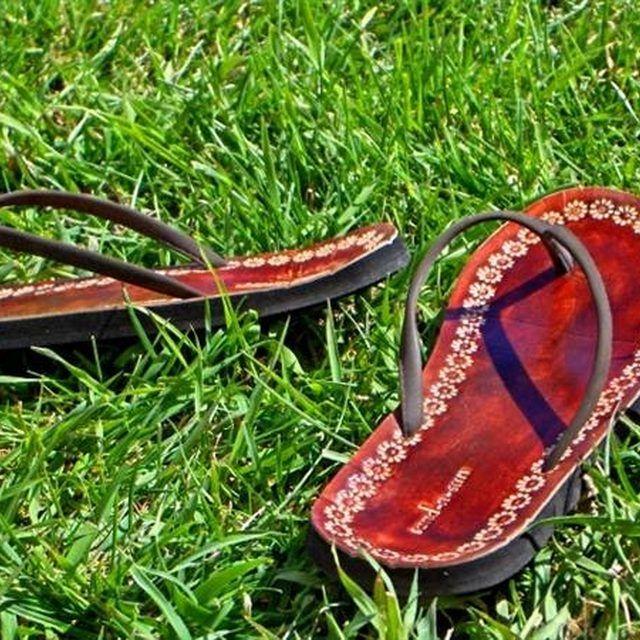 Make Flip Flops Comfortable