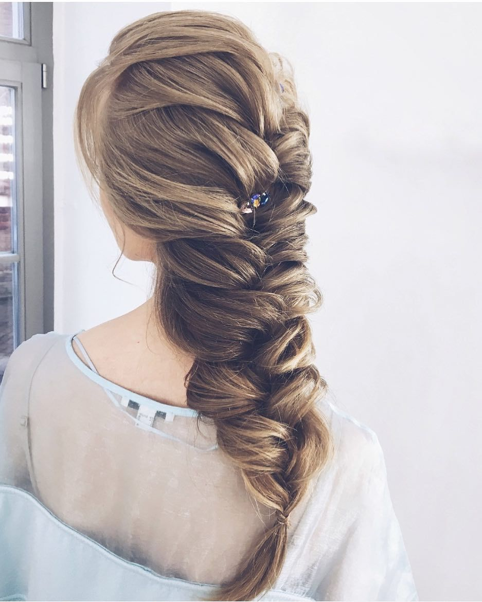 beautiful prom hairstyles thatull steal the night best prom