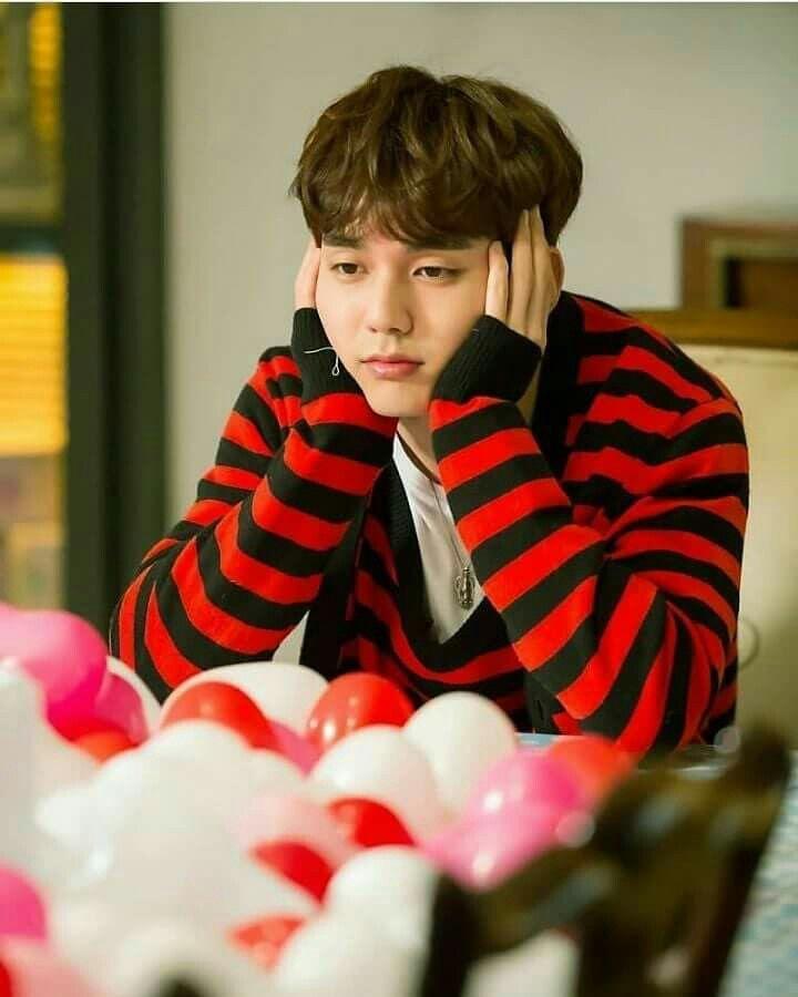 Pin by mari on k drama pinterest yoo seung ho kdrama and drama thecheapjerseys Choice Image
