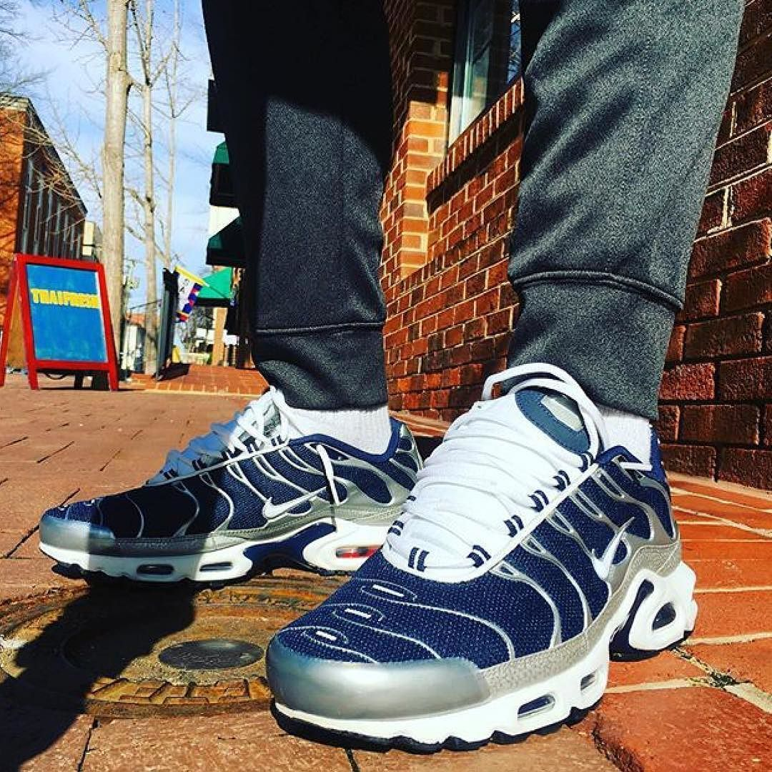 ff427bb2207f95  15 Nike Air Max Plus TN - Mid Navy Metallic Silver Foot Locker US  Exclusive worn by Av Crummie !! Very dope CW super clean! Might track a  pair of these ...