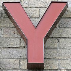 letter Y (Leo Reynolds) Tags: canon eos 350d iso200 y letter f56 oneletter 135mm yyy 0ev 002sec hpexif groupiao grouponeletter letterred xsquarex xratio11x xleol30x