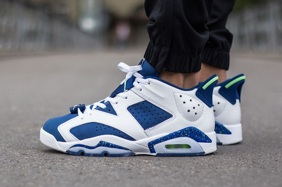 Nike Air Jordan 6 Retro Low