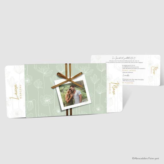 ÉCHANTILLON Faire-part de mariage – Pochette verte motifs blancs, champêtre chic – ruban satin bronze – réf. KSAR