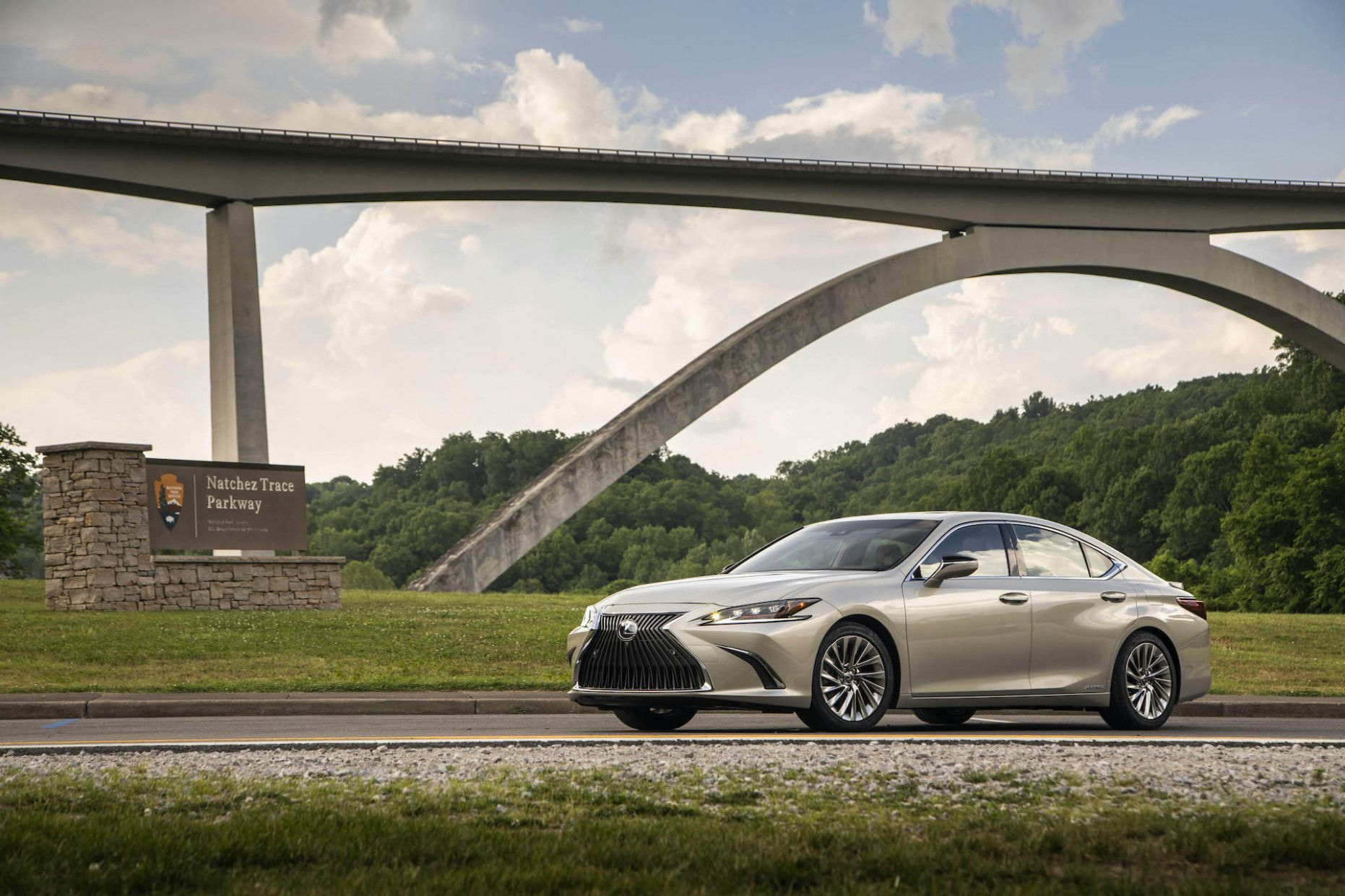 12 Wallpaper 2020 Lexus Es Review In 2020 Lexus Es Lexus New Car Wallpaper