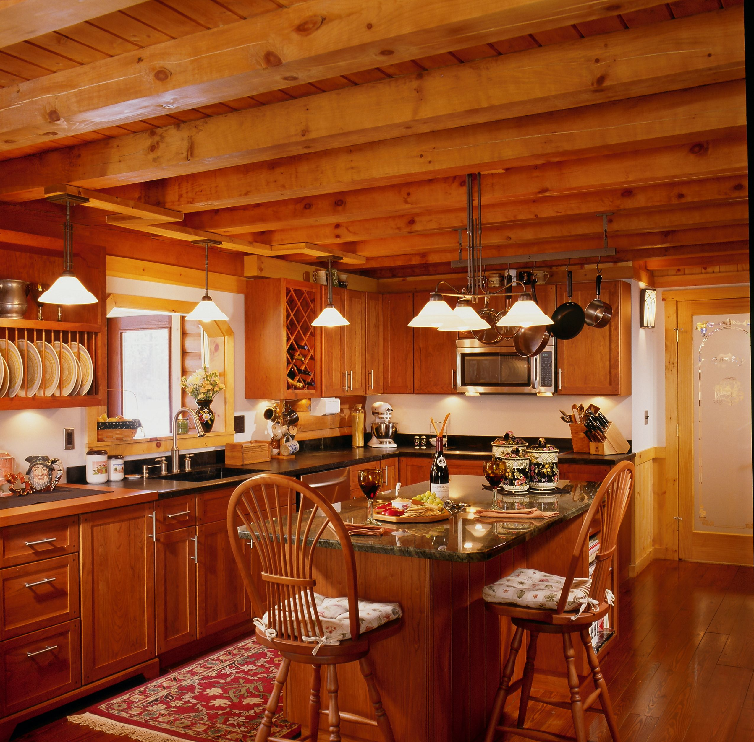 19 Log Cabin Home Décor Ideas: Log Home Kitchen With Island And Beam Ceiling