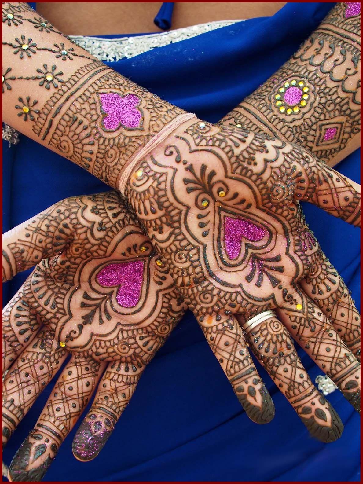 Top 10 beautiful arabic mehndi design art - Beautiful Arabic Glitter Mehndi Designs Pictures Glittermehndi