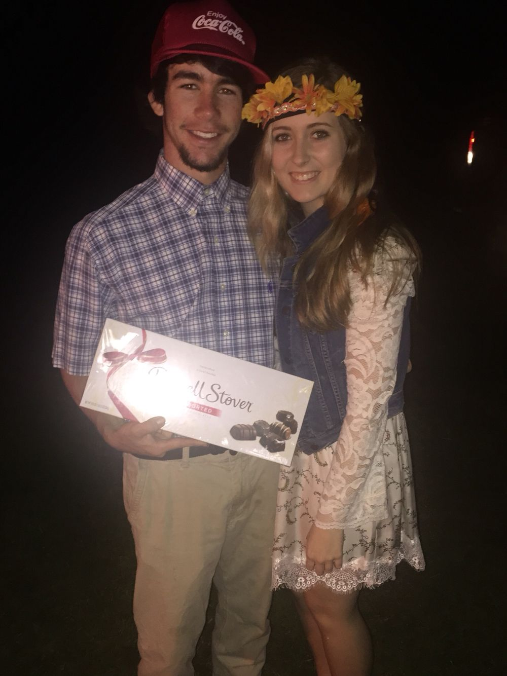 2a4e67fd2cd Forrest Gump and Jenny DIY Couple Costume. Perfect last minute idea ...