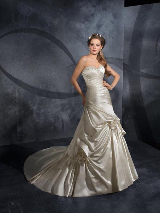 wedding dress | Vestidos de novia, Vestidos, Novios
