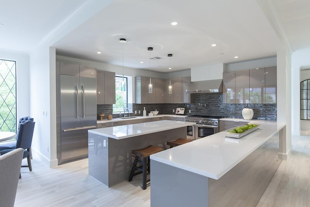 Amazing Modern High Rise Kitchen At The New Chateau Ten West University Building In Houston Tx Modern Kitchen Design Modern Kitchen Kitchen Design