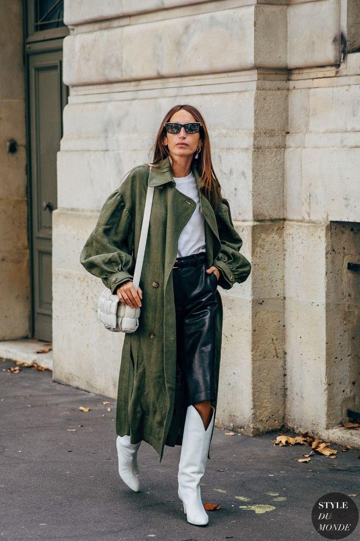 Paris SS 2020 Street Style: Linda Tol and Chloe Harrouche - STYLE DU MONDE | Street Style Street Fashion Photos Linda Tol and Chloe Harrouche