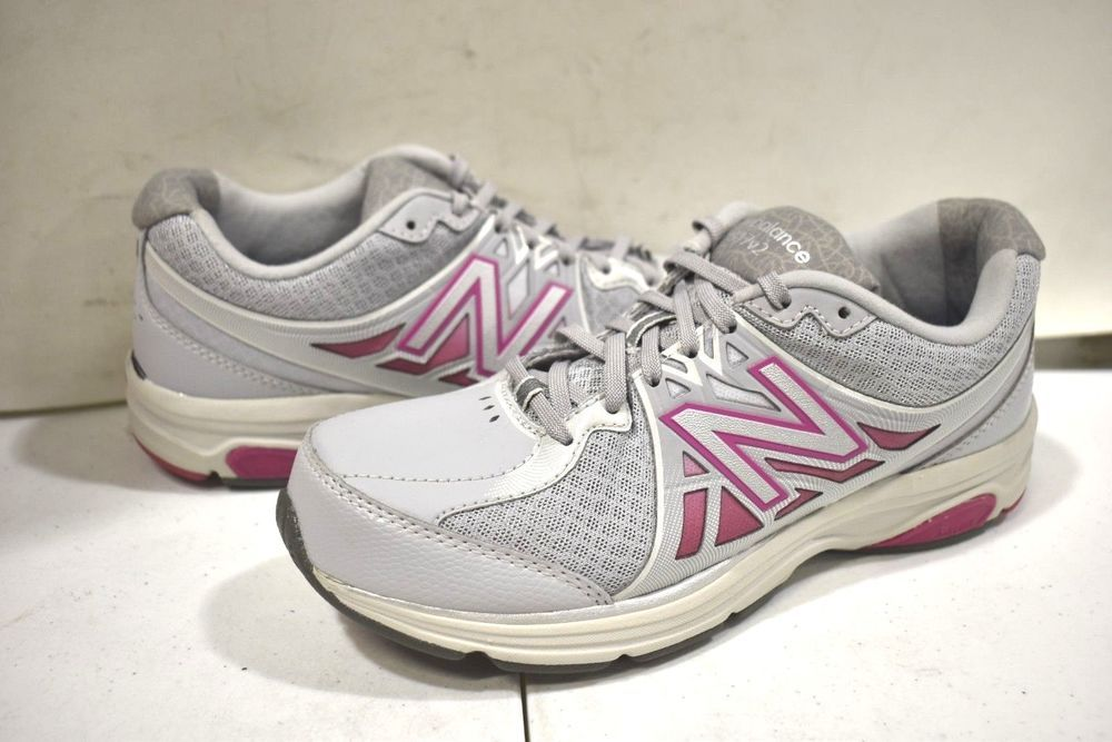 aaadb4c5548 S-202 Women s New Balance WW847GR2 Walking shoes size 7.5 B  fashion   clothing