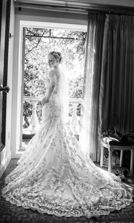 Allure Bridals 9051 8: buy this dress for a fraction of the salon price on PreOwnedWeddingDresses.com