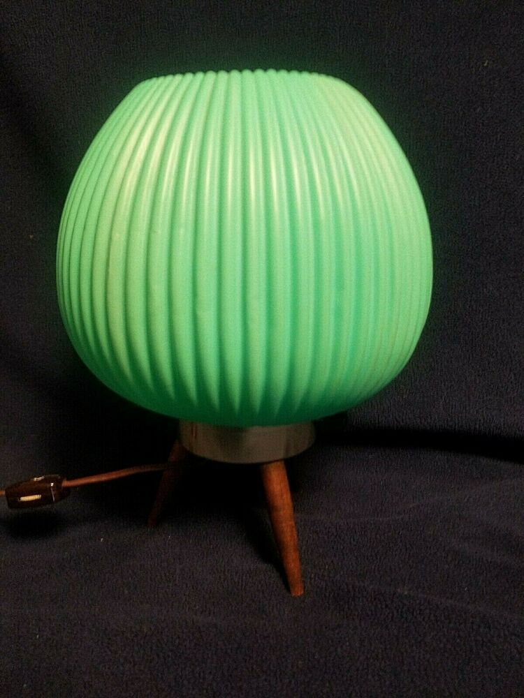 Vintage Mid Century Modern Bubble Beehive Lamp Pale Green