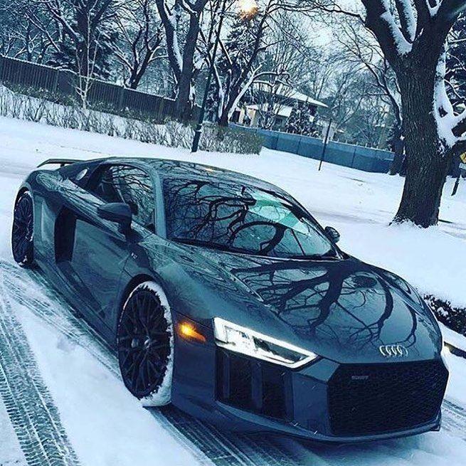 Audi R8 under the Snow ❄️ #audir8