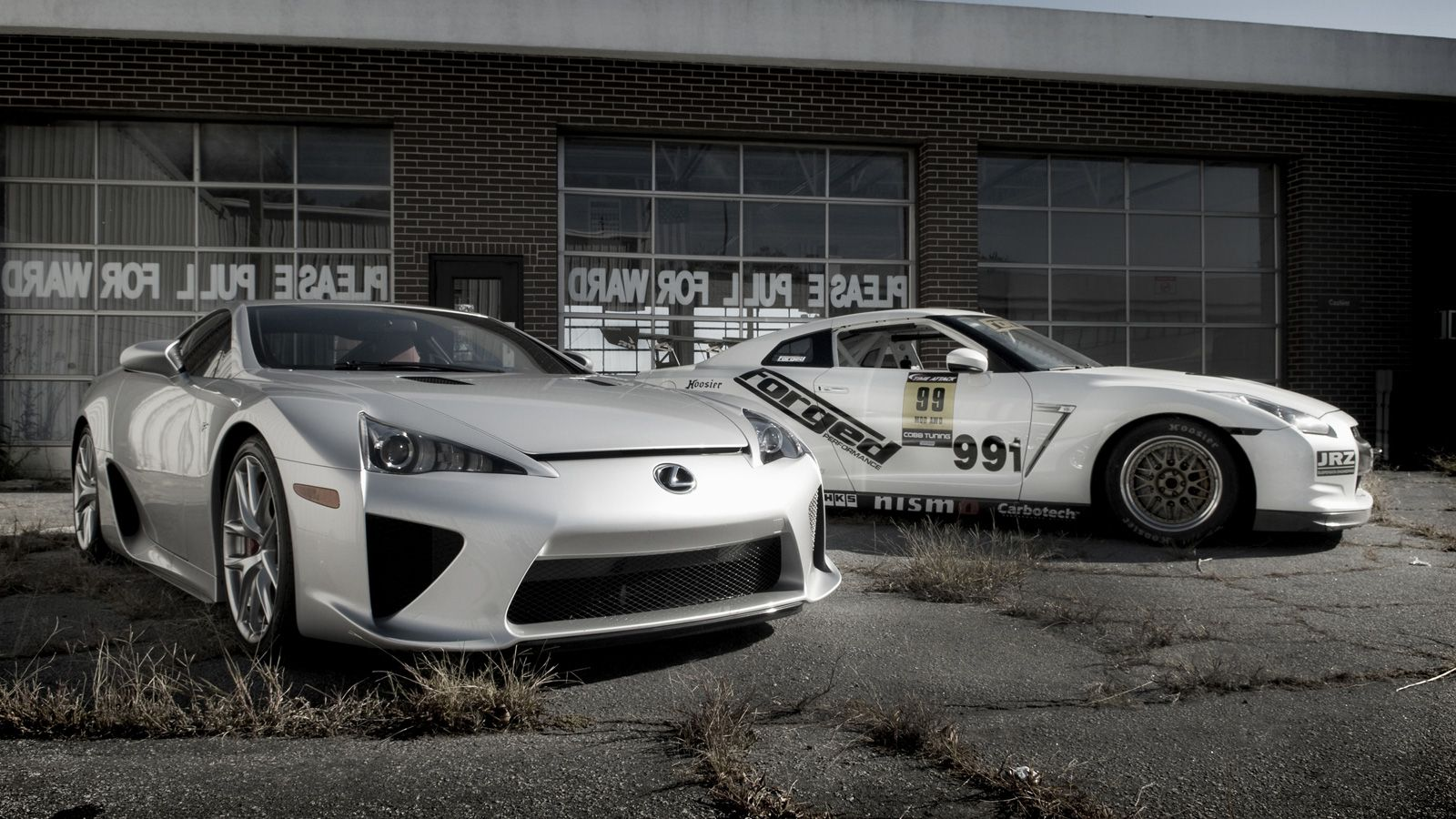 Your Ridiculously Cool Nissan Gt R And Lexus Lfa Wallpaper Is Here Lexus Lfa Lexus 2015 Nissan Gtr