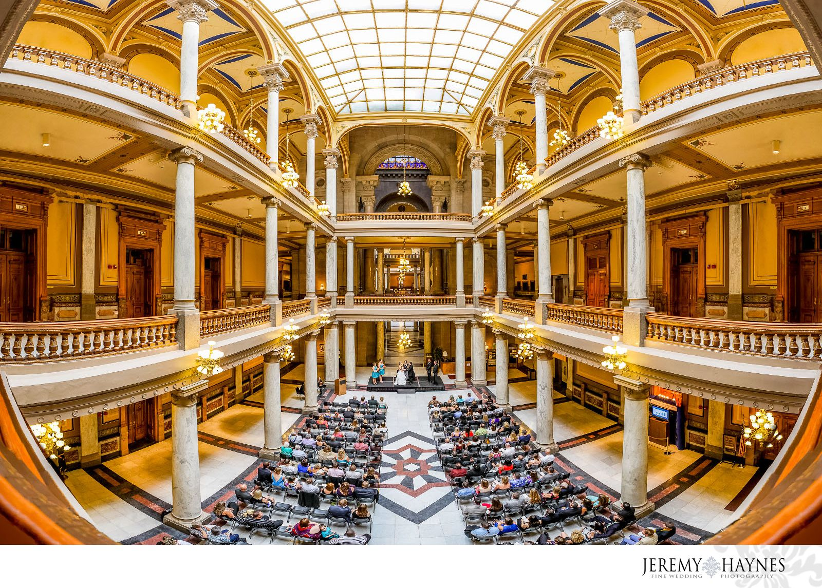 Indiana State Capitol Wedding Fishers Indiana Wedding Photographer Indianapolis Wedding Pho Indianapolis Wedding Photographer House Styles Capitol Building
