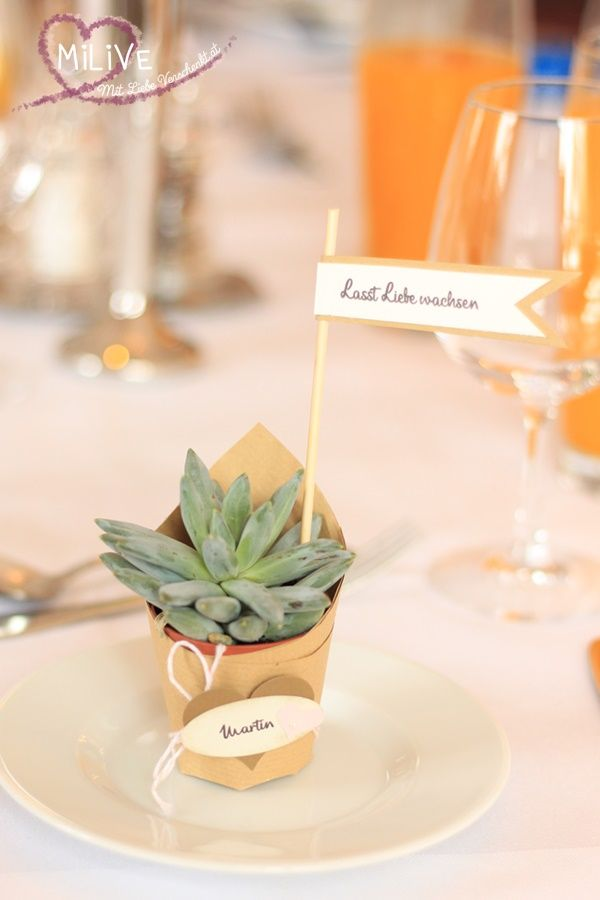 Hochzeits Give Away in Grün - oder Alles neu macht der Mai! #dressesforengagementparty