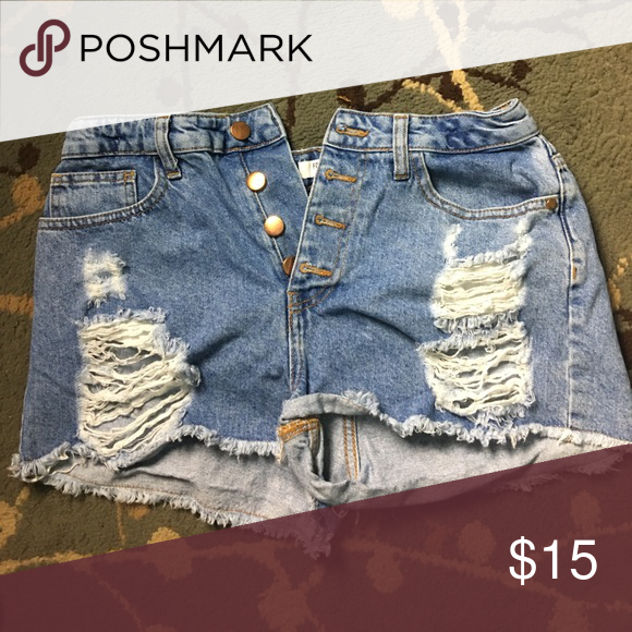 9241d39f098 Forever 21 high waisted ripped shorts Shorts that hug your curves and look  super trendy with rips on each side! Forever 21 Shorts Jean Shorts