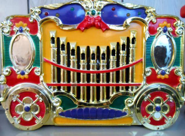Mr. Christmas Vintage Holiday Carousel