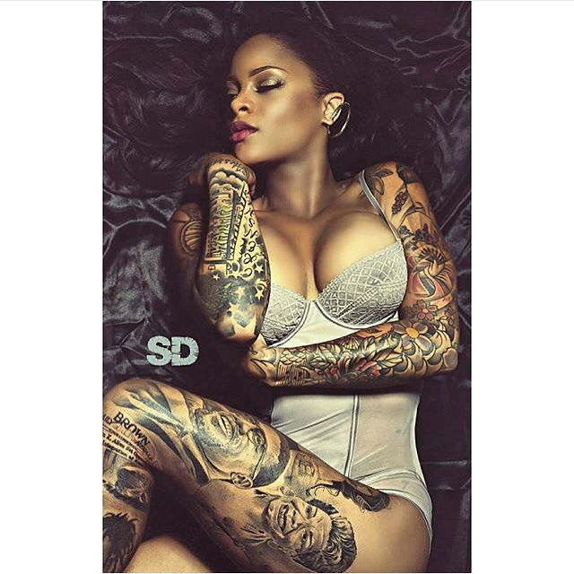 tattoos girls with Sexy black