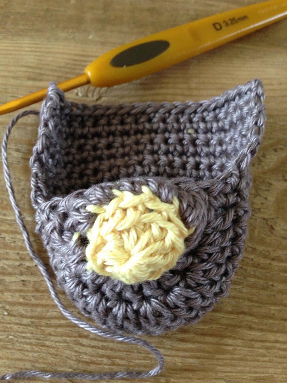 Annoo\'s Crochet World: Gardenia Flower Baby Loafers Free Pattern ...