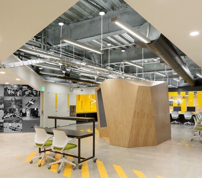 Engineering Office Design: The MIT Beaver Works Is A Work Space And Showcase Project
