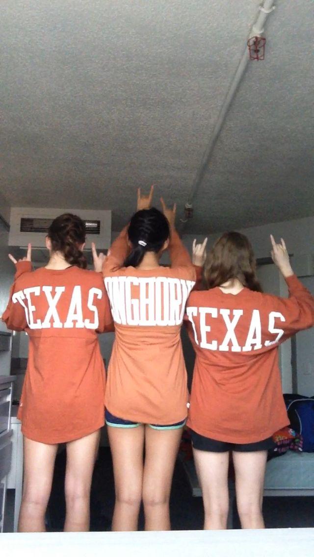 Hook Em Horns Ut Volleyball Camp Volleyball Camp Volleyball University Of Texas