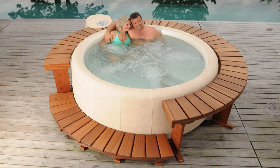 Softub whirlpools back porch of my dreams for Schwimmingpools preiswert